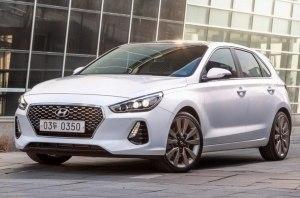 Руководство Hyundai решило обновить хэтчбек i30