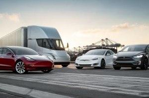 Tesla смогут самостоятельно выявлять ямы на дорогах