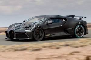 В Bugatti рассказали об экстремальных испытаниях гиперкара Divo
