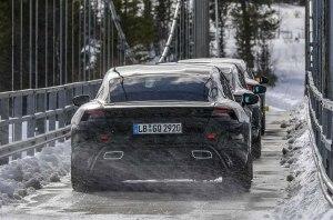 В Porsche рассказали об экстремальных испытаниях электрического Taycan