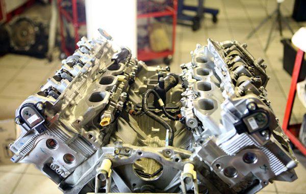 Ремонт автомобильного двигателя в Санкт-Петербурге